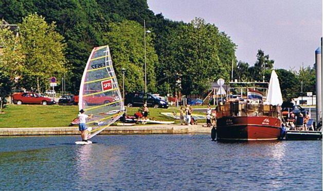 lesayvelles2002005.jpg